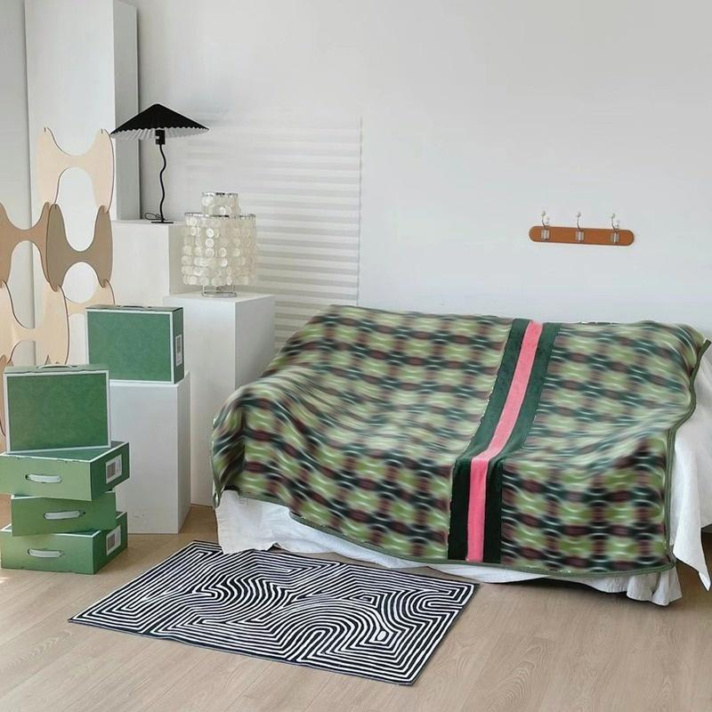 Designers Vintage style soft green word throw flannel fleece blanket big size 150x200cm fashion Travel home office nap blankets 981