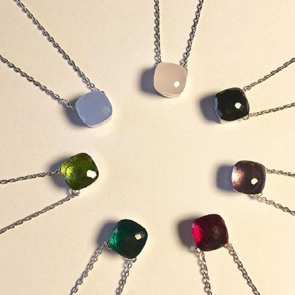 Otros accesorios de moda Material de latón Diseño de París con la naturaleza Jade y Zircon Decorar un solo collar colgante 43 cm Charm Pulsera para