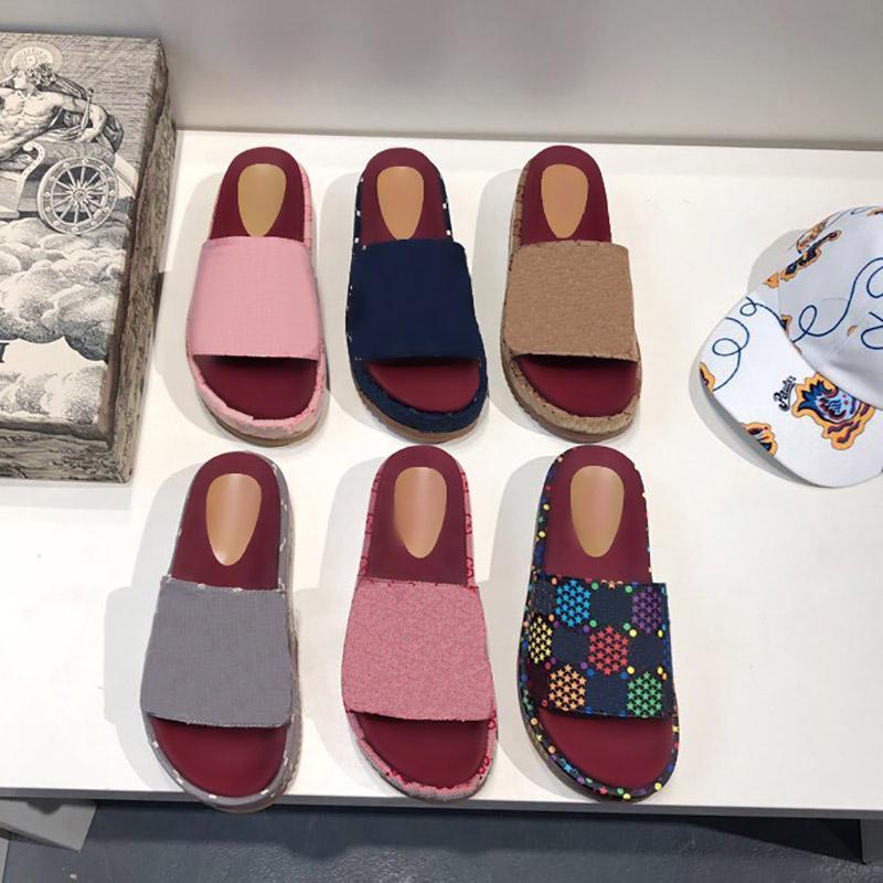 Diseñador de alta calidad para mujer zapatillas alfabeto lady plataforma sandalias al aire libre fiesta casual sandalia verano playa zapatos coloridos zapatos con caja