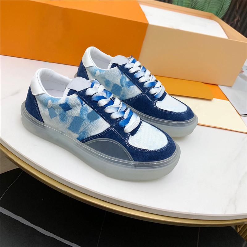 Klasik tasarım erkek rahat ayakkabılar şeffaf kauçuk kristal taban yüksek kalite düz sneakers grafiti ekose renk lace up deri ayakkabı
