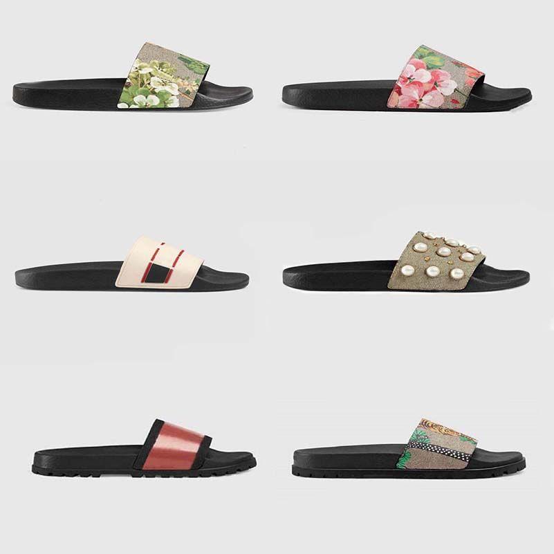 Hommes / Femmes Top Qualité Paris Sliders Sandales Été Sandales Été Pantoufles Dames Flip Flip Mocassins Noir Blanc Rouge Green Diaposibles Chaussures