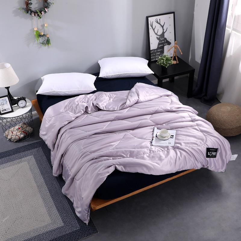 Bettdecken sammelt Sommerseide gesteppte Quiltdecke Klimaanlage Bettbezug Königin King Super Bedscread für Kinder Erwachsene