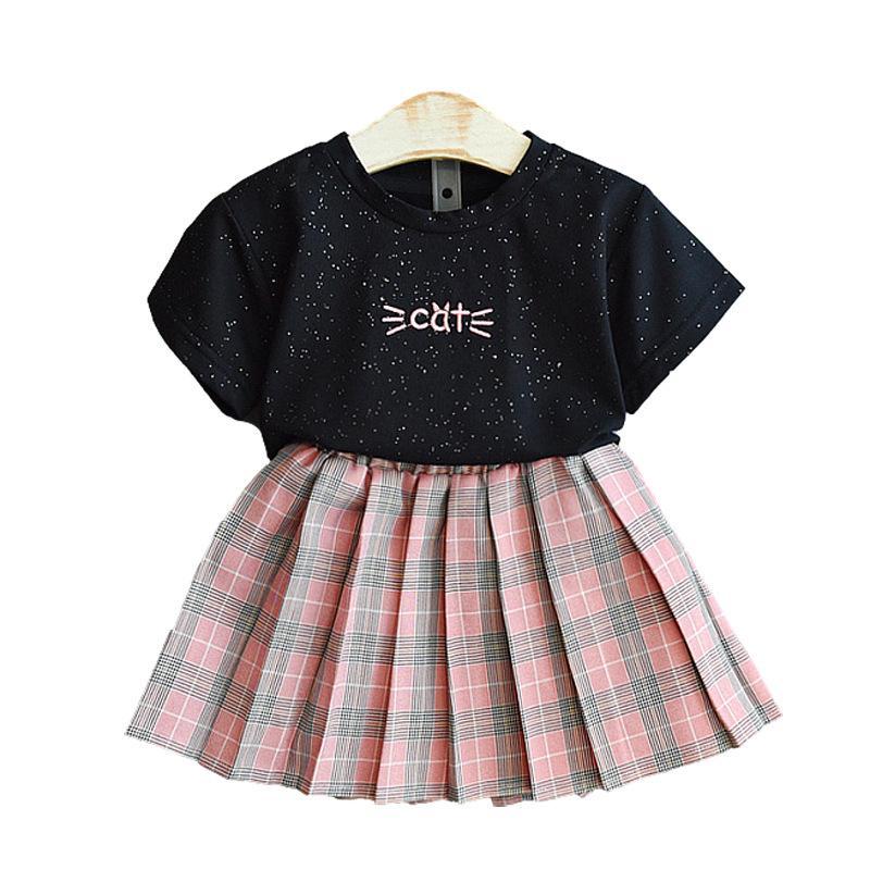 Varejo / Atacado Crianças meninas xadrez Saias Tracksuit 2 Pcs Outfits conjunto bordado camiseta + moda plissada saia tracksuits crianças designers roupas