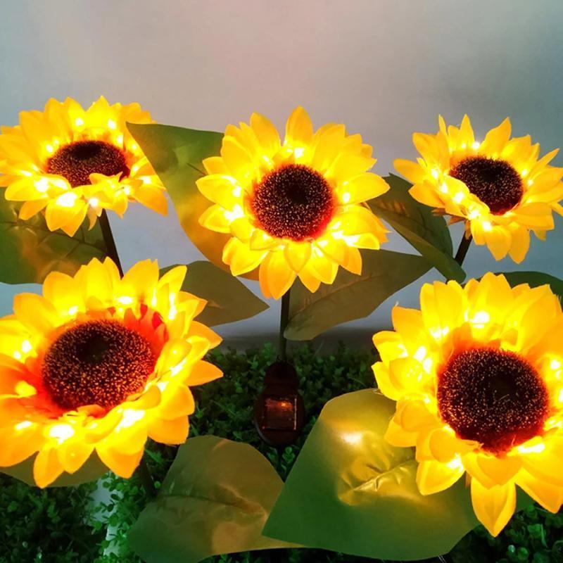 큰 현실적인 꽃 태양 가든 스테이크 빛 해바라기 통로 거리 안뜰 안뜰 풍경 잔디 램프 램프