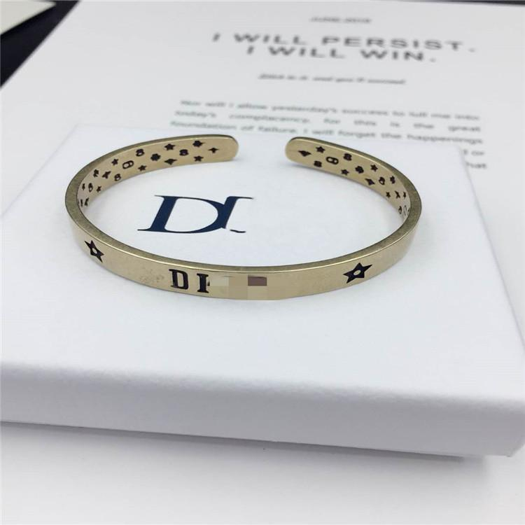 D Home / Dijia 20 letra Apertura para amantes Pulsera simple