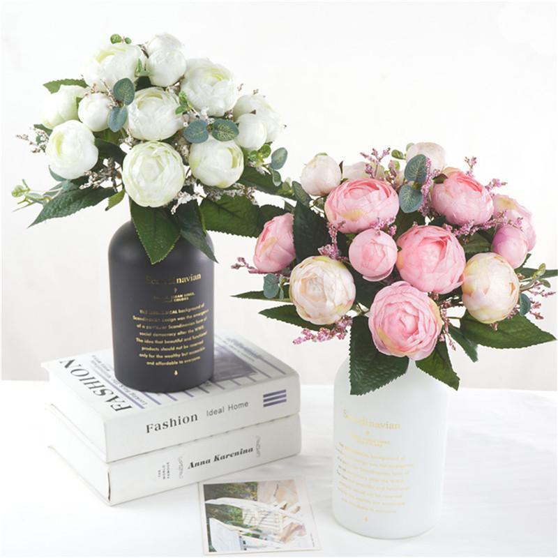 Flores decorativas grinaldas de chá artificial rosa flor festiva simulação de simulação buquê com nupcial holding home decor interior