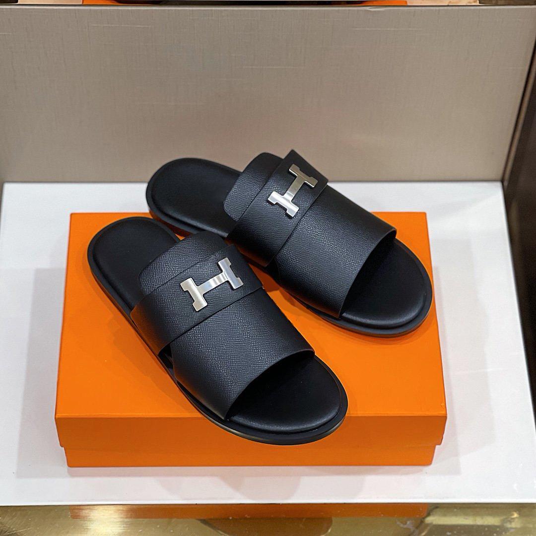 2021ss Yüksek Kaliteli Yaz Erkekler Terlik Yapımı Düz Hollow Sandalet Tasarımcı Lüks Marka Klasik Erkekler Sürükle Boyutu39-45