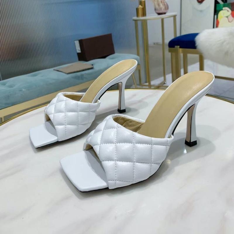 여성 패딩 샌들 플랫 퀼트 가죽 슬라이드 하이힐 리도 샌들 디자이너 신발 제곱 된 단독 최고 품질의 여름 슬리퍼 큰 크기 280