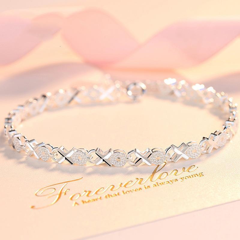 Pulseras de encanto Personalidad creativa Simple XO Femenino 925 Plateado Coreano Corazón Coreano a Corazón Trébol