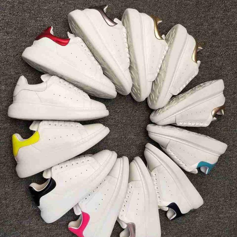 2021 Top Quality Mens Womens Couro Genuíno Sapatos Casuais Lace Up Comfort Bonito Sapato Menino Menino Amante Apartamento Chaussures de Esporte Zapatillas Scrama de Camurça com Caixa