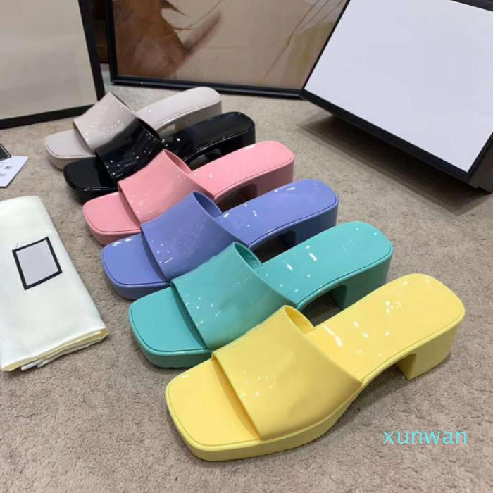 2021 Frauen Gummi Hausschuhe Damen Dicke Ferse Quadratische Zehe Slipper High Heeled Damen Heelhöhe 5,5 cm Front Heels Heights 2.5cm mit Box