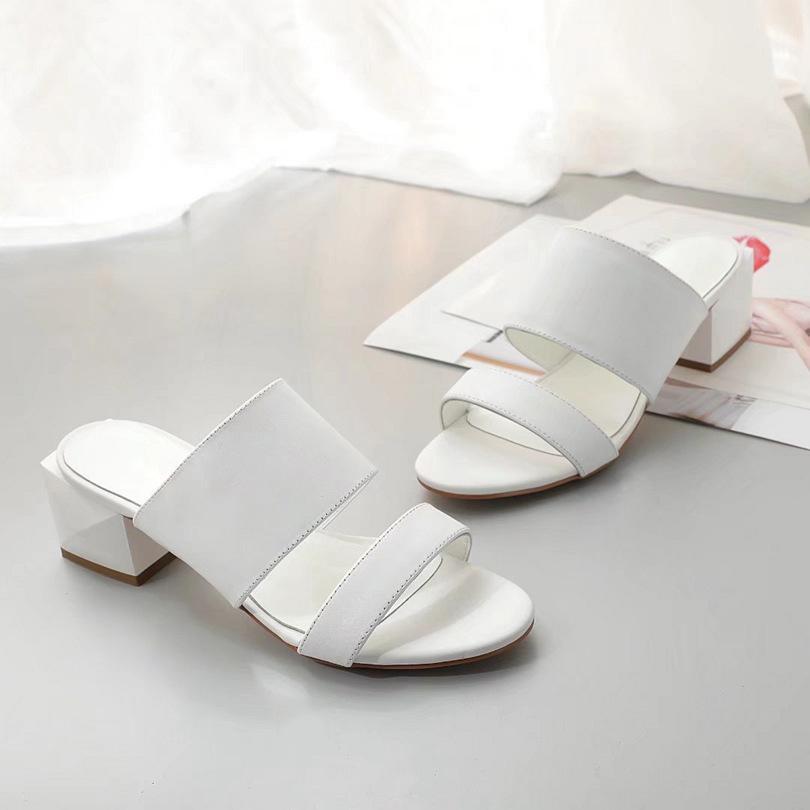 Marca Sandalias de lujo Slipper Diapositivas para mujer para mujer con diseño original Diseñador Unisex Beach Flip Floy Slippers Top Calidad