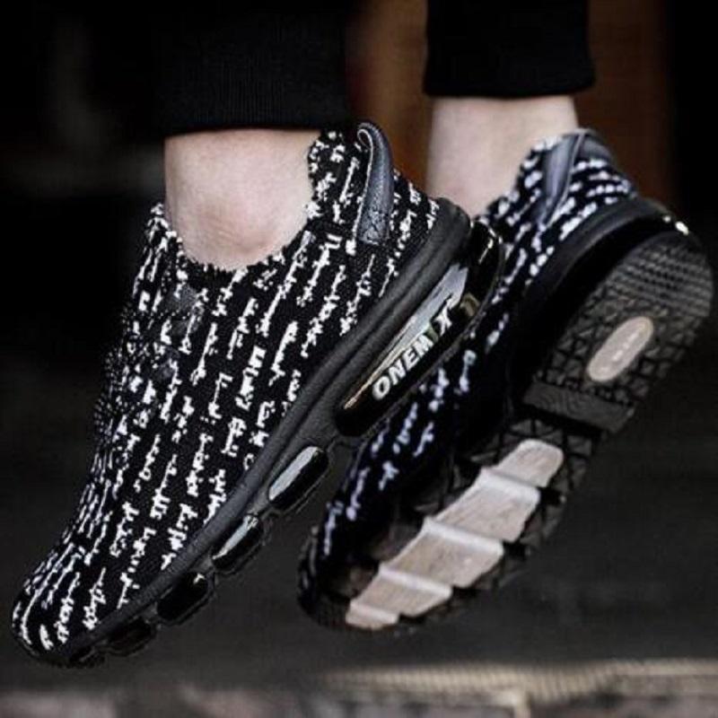 أحذية رجالي الجري الأحذية الرجال أحذية رياضية المدربين Onemix تنفس الرياضة الأحمر كتابات الأزياء النسائية المشي حذاء