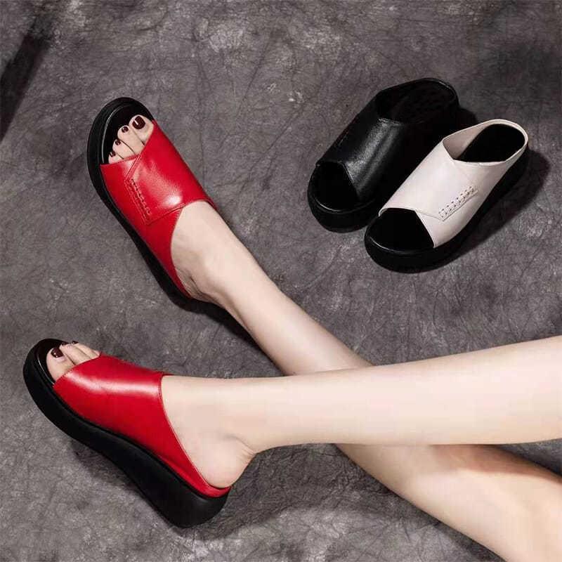 Slippers On A Wedge Shoes House Platform Luxury Slides Peep Toe Low Slipers Women Designer 2021 Basic Hoof Heels Rubber Rome Fab