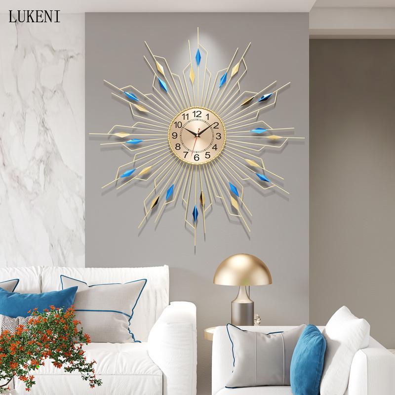 Nordic Modern Minimalista Minimality Personalità Creativa Creativa Light Luxury Home Soggiorno Camera da letto Moda Orologio da parete Abbigliamento Orologio Moderno