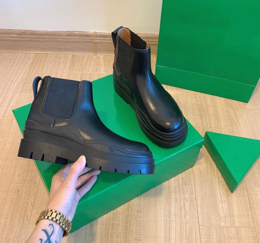 2021 Designer - Mode hiver Véritable cuir Martin Bottes Middle and High Elastic Top Qualité 5 couleurs