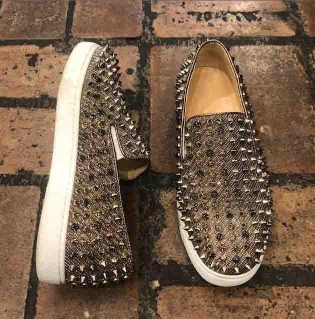 Top Quality Men Moafers Sapatos Casuais Sapatilhas Vermelhas Para Homens Flat Metallic Roller Barco Spike Slip em Sapatilhas Low Cut Luxurious Shoe