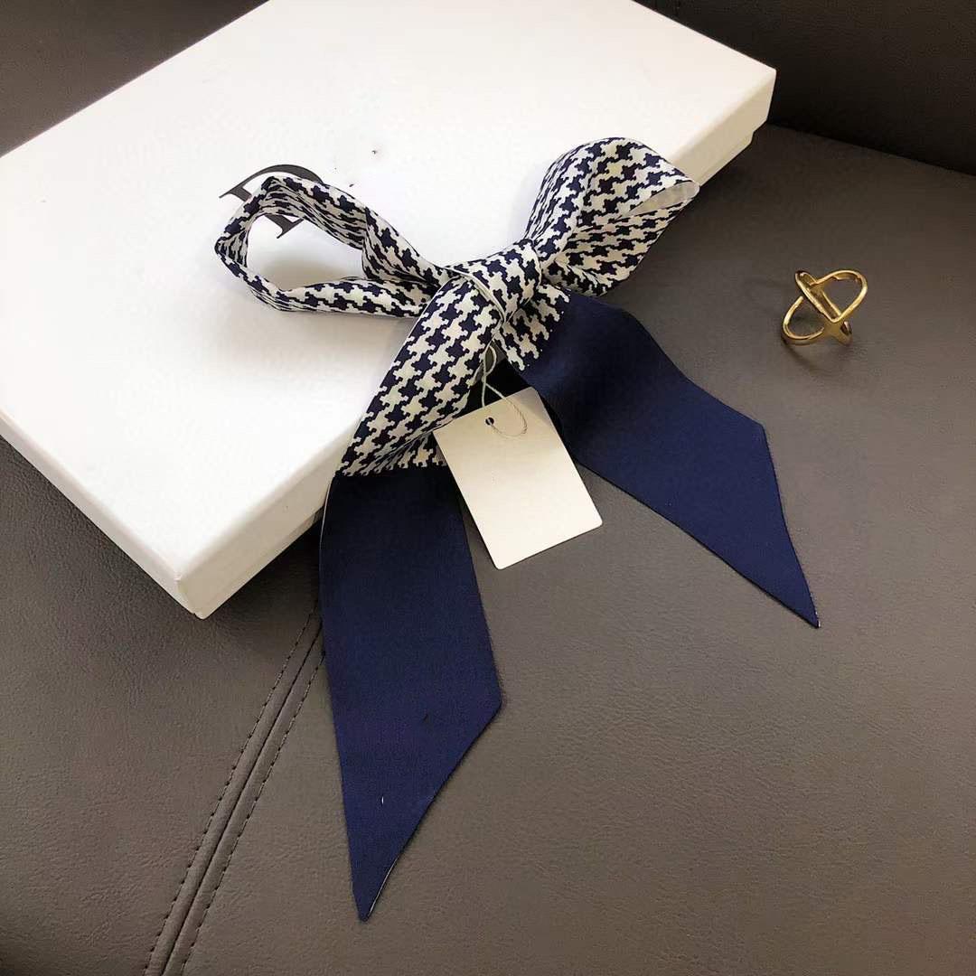 Sciarpe di seta multi-marca Top Brand Designer Super Soft 8 * 120cm Top Ribbon Fashion Fashion Bow Bad-Tie Borsa