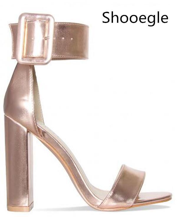 Est Yaz Gül Altın Kadın Sandalet Moda Büyük Toka Ayak Bileği Kayış Blok Yüksek Topuklu Toe Parti Elbise Ayakkabı Açık