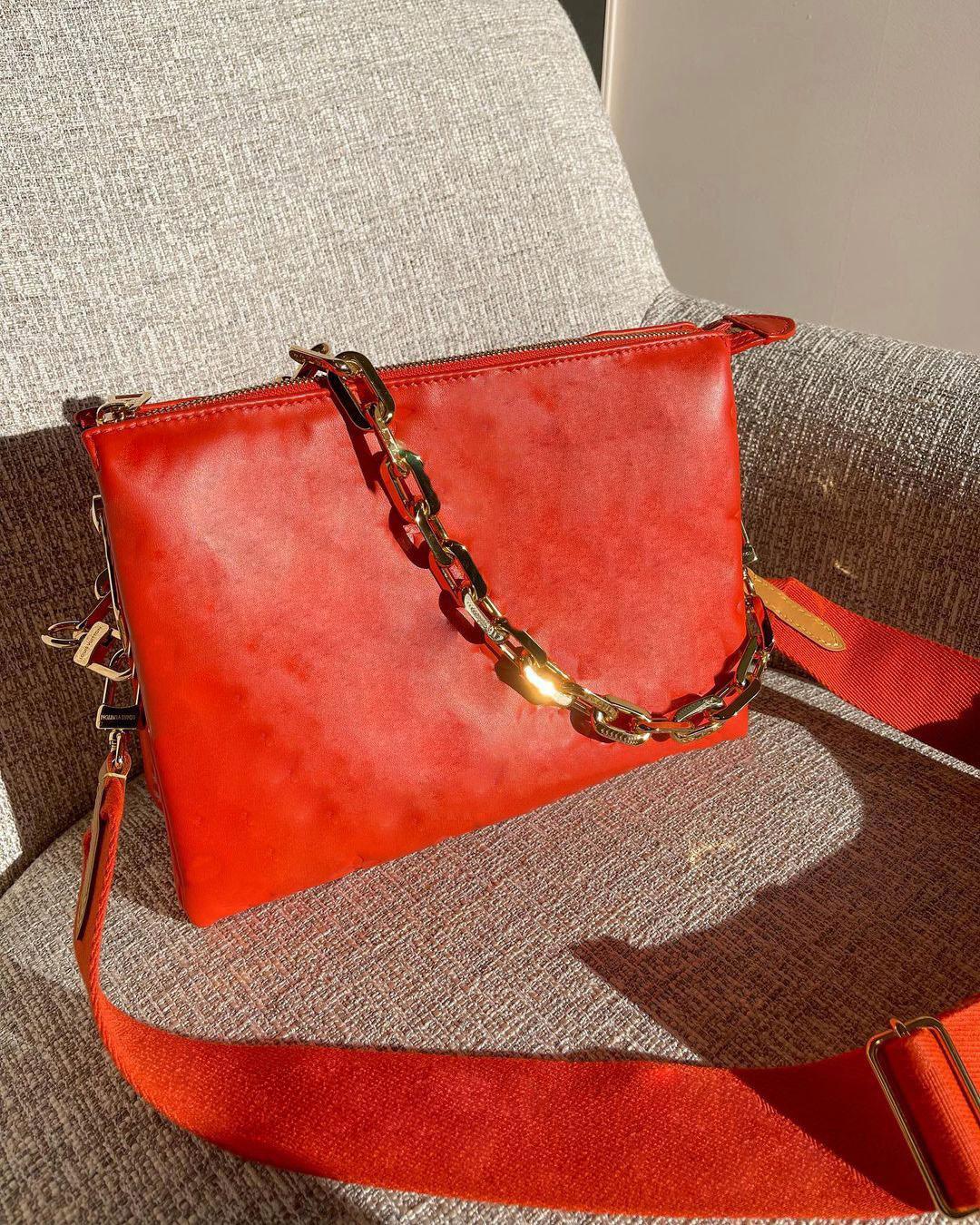 21ss Luxurys Coussin Orta Çanta Kadın Zincir Çanta Moda Tasarımcılar Çantalar Bayan Deri Kabartma Kılıfları Omuz Taşınabilir Omuz Çantaları