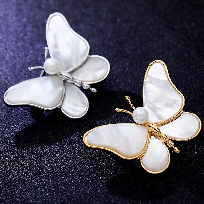 Tatlı Böcek Broşlar 2021 Armut Kabuk Korsaj Kadınlar için Moda Kelebek Broş Pin Tasarım Altın Kaplama Takı