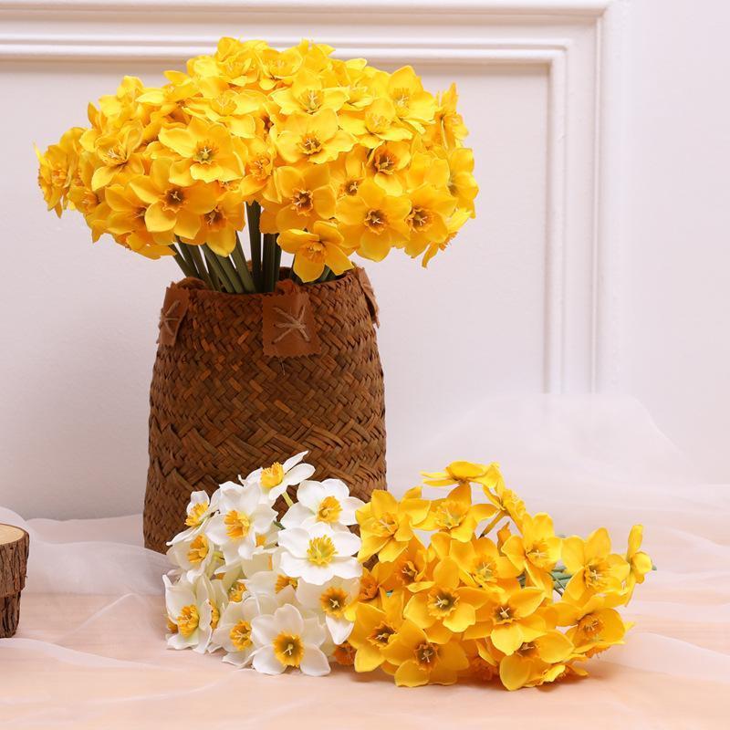 6шт Искусственные Цветы Букет Narcissus Daffodil Шелковый Цветок Белый Желтый Свадьба Главная Декор Сад Поддельные договоренности Декоративные венки