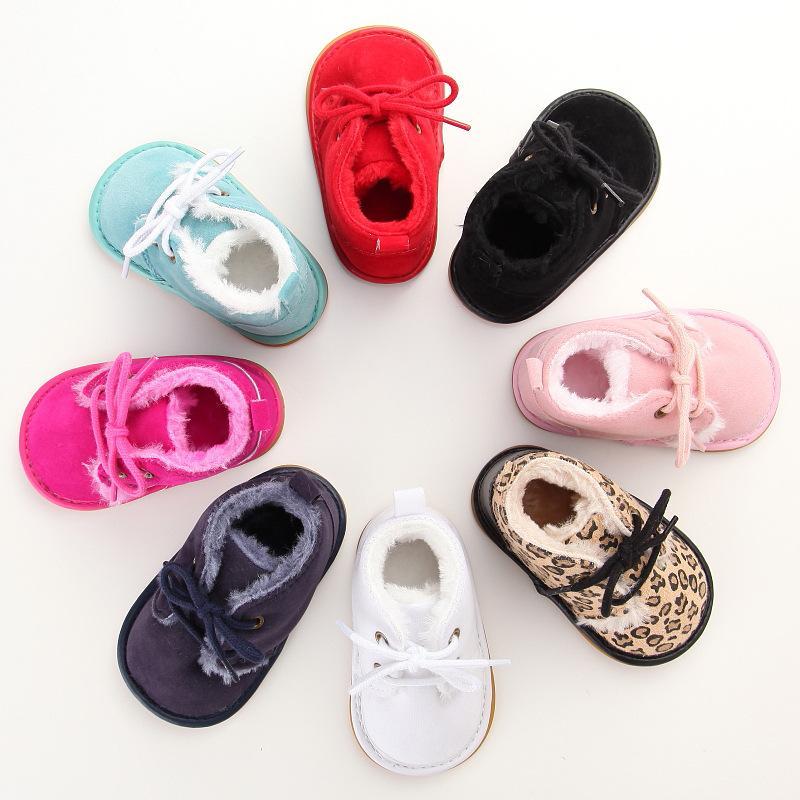 Neonato Baby Winter Boots Infantile Girls Boys Baby Snow Stivaletti Bambino Pelliccia del bambino Stivali caldi Arrivo Stile Piccoli bambini Scarpe Strappy 906 Y2