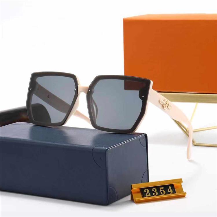 여성을위한 클래식 디자이너 브랜드 선글라스 여름 야외 샌디 비치 증거 그늘 태양 안경 안경 닦 았된 검은 갈색 안경 상자 케이스 천으로 # 2354