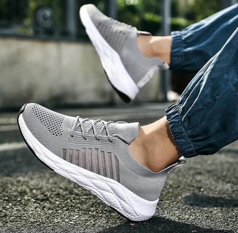SWE99 Comfot Спортивная обувь Мужчины Легкие бегунные сетки кроссовки пламя летающие тканые открытый тренер - Zapatillas deportivas
