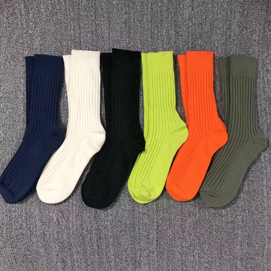 21SS TIDE Marque Automne hiver Pure Couleur Tendance Chaussettes Chaussures Vertes fluorescentes de coton de style Hong Kong pour hommes et femmes 6 couleurs
