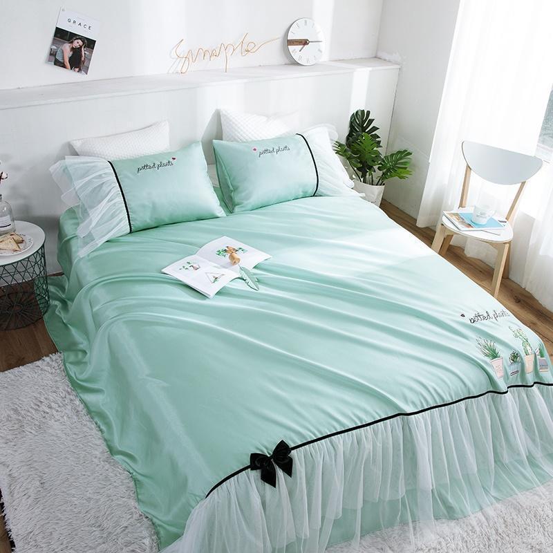 Yatak takımları Yaz Soğuk Uyku Mat Işlemeli Ince Yatak Örtüsü Beyaz Gazlı Bez Etek Lüks Dantel Parlaklık Yatak Yastık Kılıfları 3 adet Sac