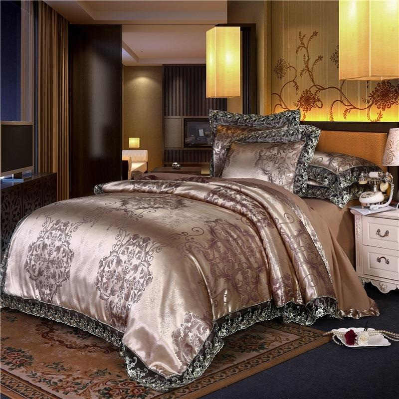 European Style Top Grade Bedding 4-piece Lace Satin Jacquard Quilt Cover Sheet 1.51.8 Bed