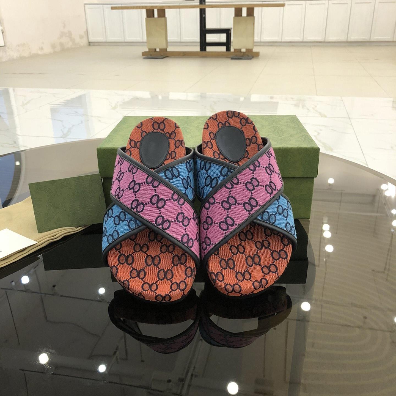 Yüksek Kaliteli Sonbahar ve Yaz Çiftler Terlik Jakarlı One-Line Üst Lüks Marka Klasik Erkek Drag Boutique boyutu