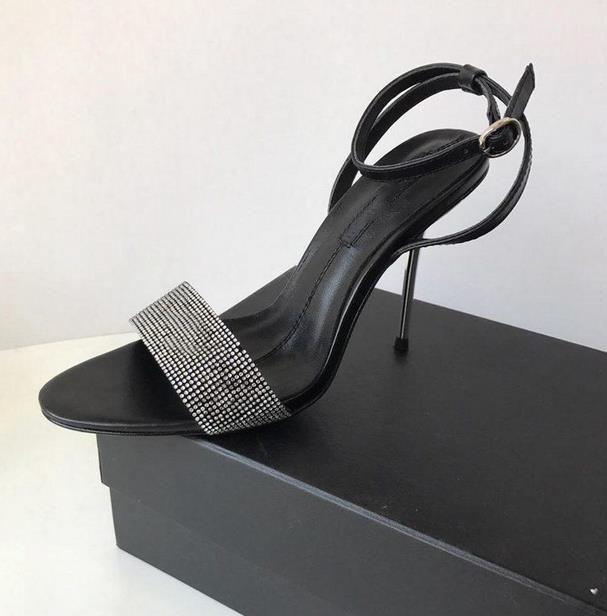 2021 Sandali Sandali Metallo Stilotto Diamante Superiore stretto a tacco alto