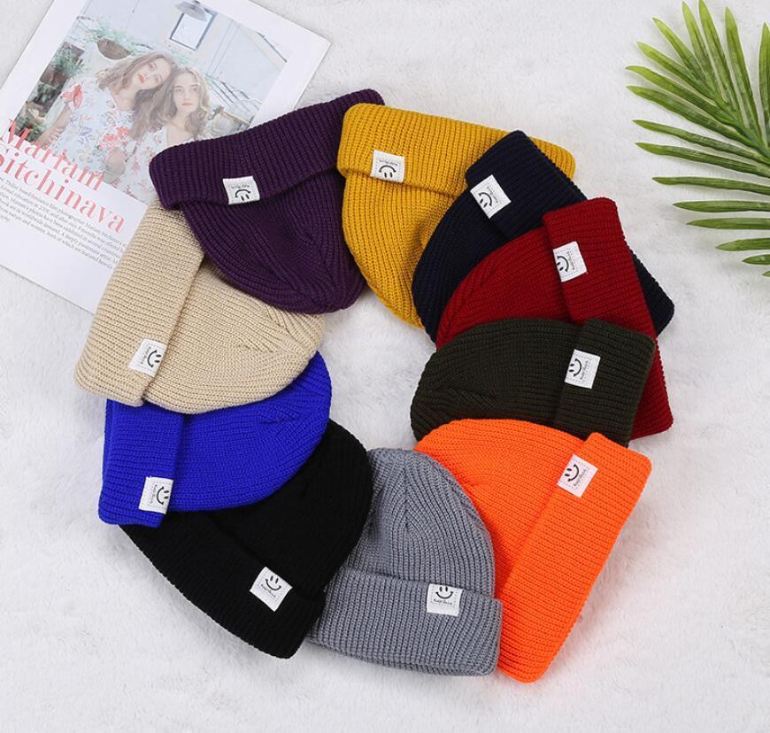 Ganchillo versátil de moda pequeño sombrero redondo para hombres y mujeres Color puro simple Invierno Ski Ski Ski Soft Elastic Sports