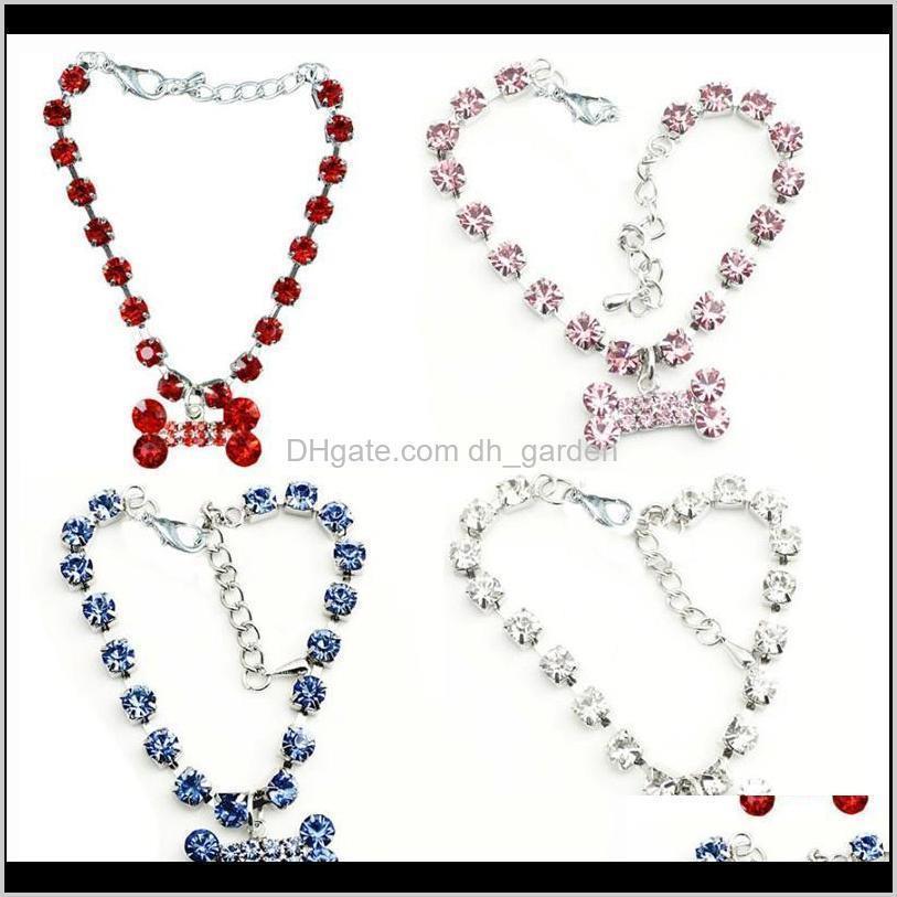 Leashes Supplies Home Garden Drop Delivery 2021 Fashion Jewelry Puppy Dog Cat Collar Design Crystal Rhinestone Bone Charm Pendant Metal Necka