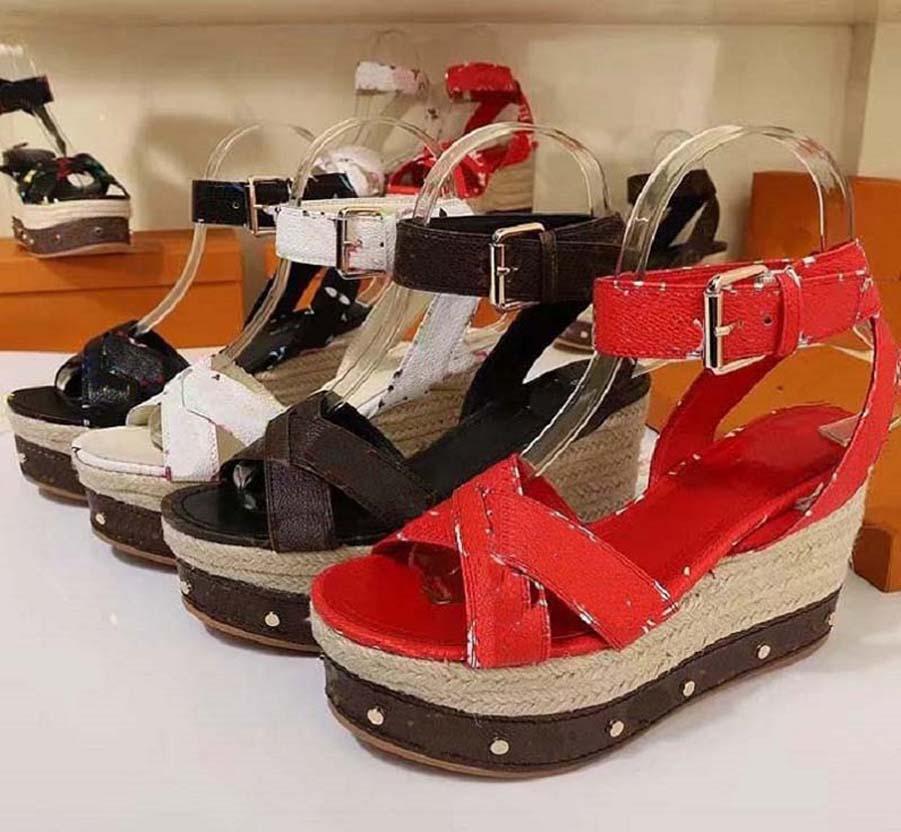 Haute Qualité NeufLassic Heeled Heels Sandals Sandales Coche Cowboy Femmes Chaussures Chaussures Chaussures Boucle en métal pour Fêtes Profession Sexy Home011 01