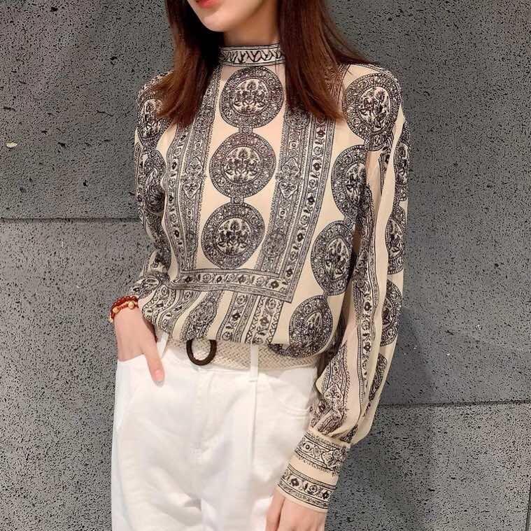 Mode Frauen Tops T-Shirts 2021 Runway Luxus Europäische Design Kurzdruck Party Stil Kleidung Blusen Hemden