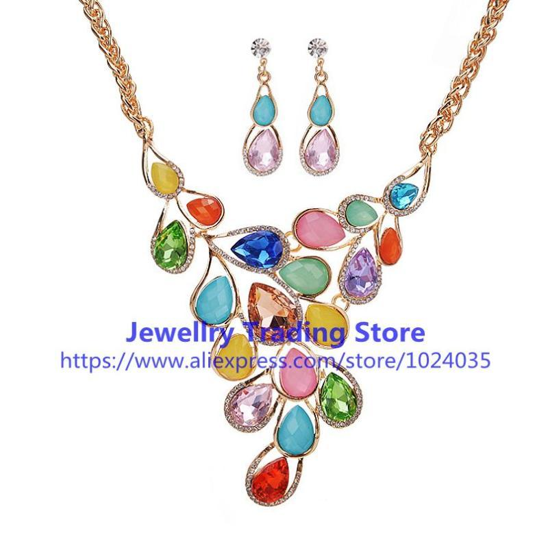 Серьги Ожерелье Прибытие Женщины Красочные Модные Ожерелья Подвески Большие преувеличенные Ювелирные Изделия Набор