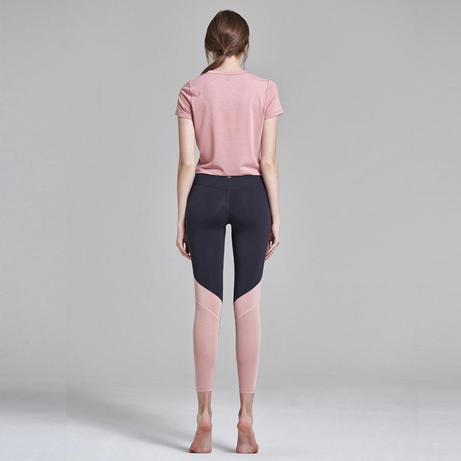 de Lu Producción de verano Ropa de yoga de verano Malla para mujer Pantalones de fitness de manga corta transpirable suelta Juego de dos piezas XNM0