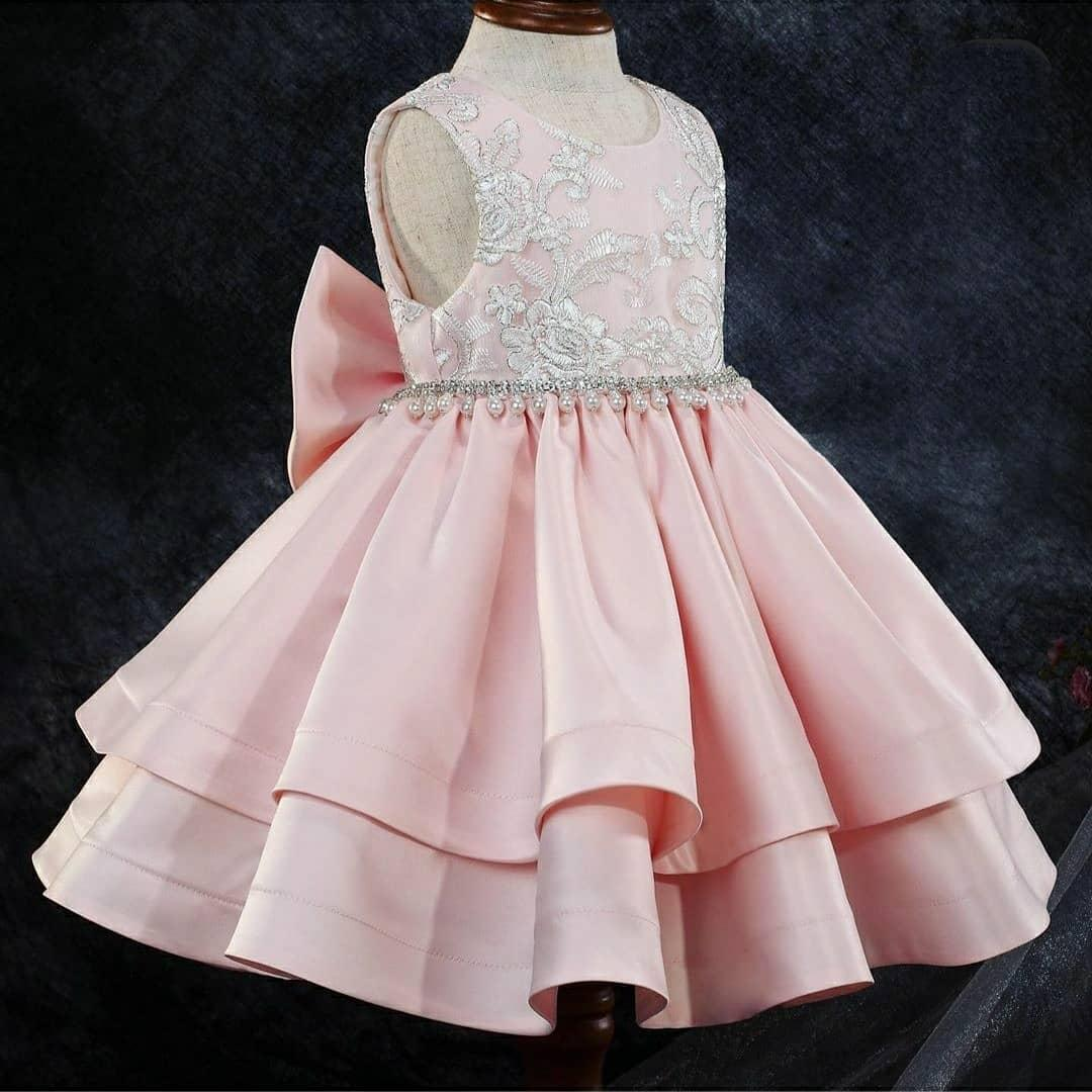 2021 Pink Lace Crystals Flower Girl Dresses Ball Gown Satin Backless Bow Lilttle Kids Birthday Pageant Weddding Gowns ZJ674