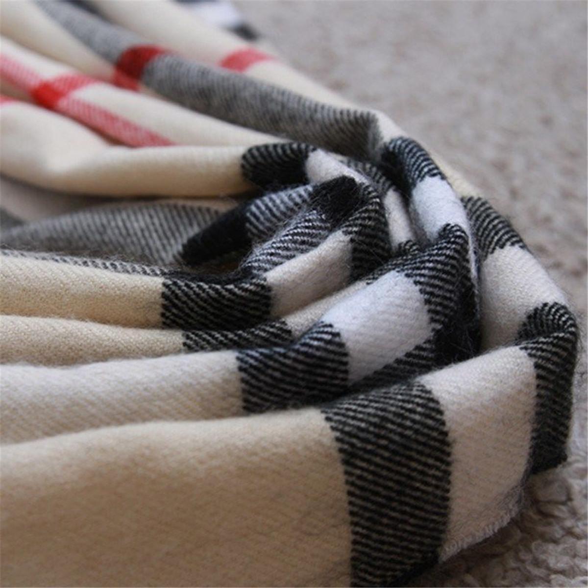 Al por mayor diseñador de lujo de lujo lady bufanda clásico mujer plaid chal tamaño 180 * 70 cm bufandas cálidas cómodas con estilo y de alta gama