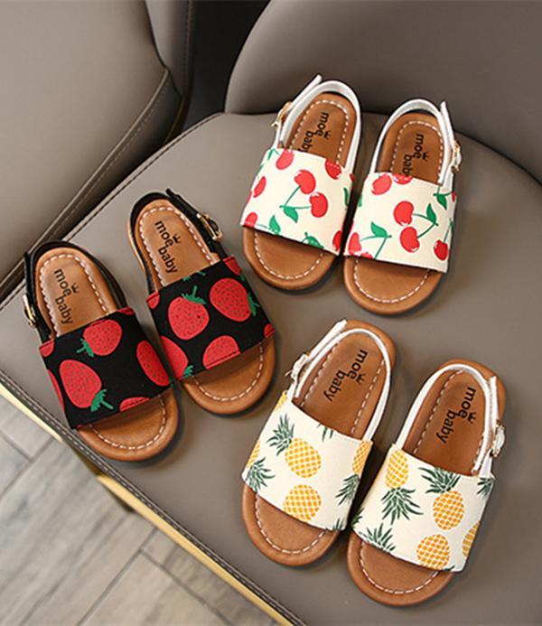 Yaz Erkek Kız Bebek Çocuk Sandalet Ayakkabı 3 Stilleri Çilek Ananas Kiraz Yumuşak Alt Hasp Toddler Terlik