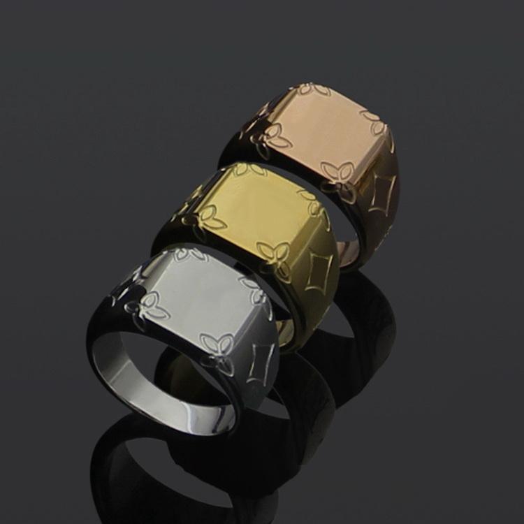 Europe America Style Ring Men Lady Women Titanium steel Engraved V Initials Flower Signet Lovers Rings Size US6-US9 M62487