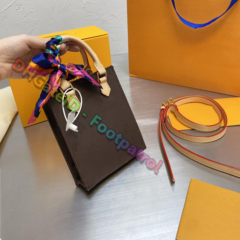 2021 المرأة الكلاسيكية أكياس التسوق حمل حقيبة كبيرة سعة السيدات حقائب عارضة حقائب اليد الكتف طباعة المشارب متعدد الألوان مخلب محفظة حقيبة التخزين المحفظة
