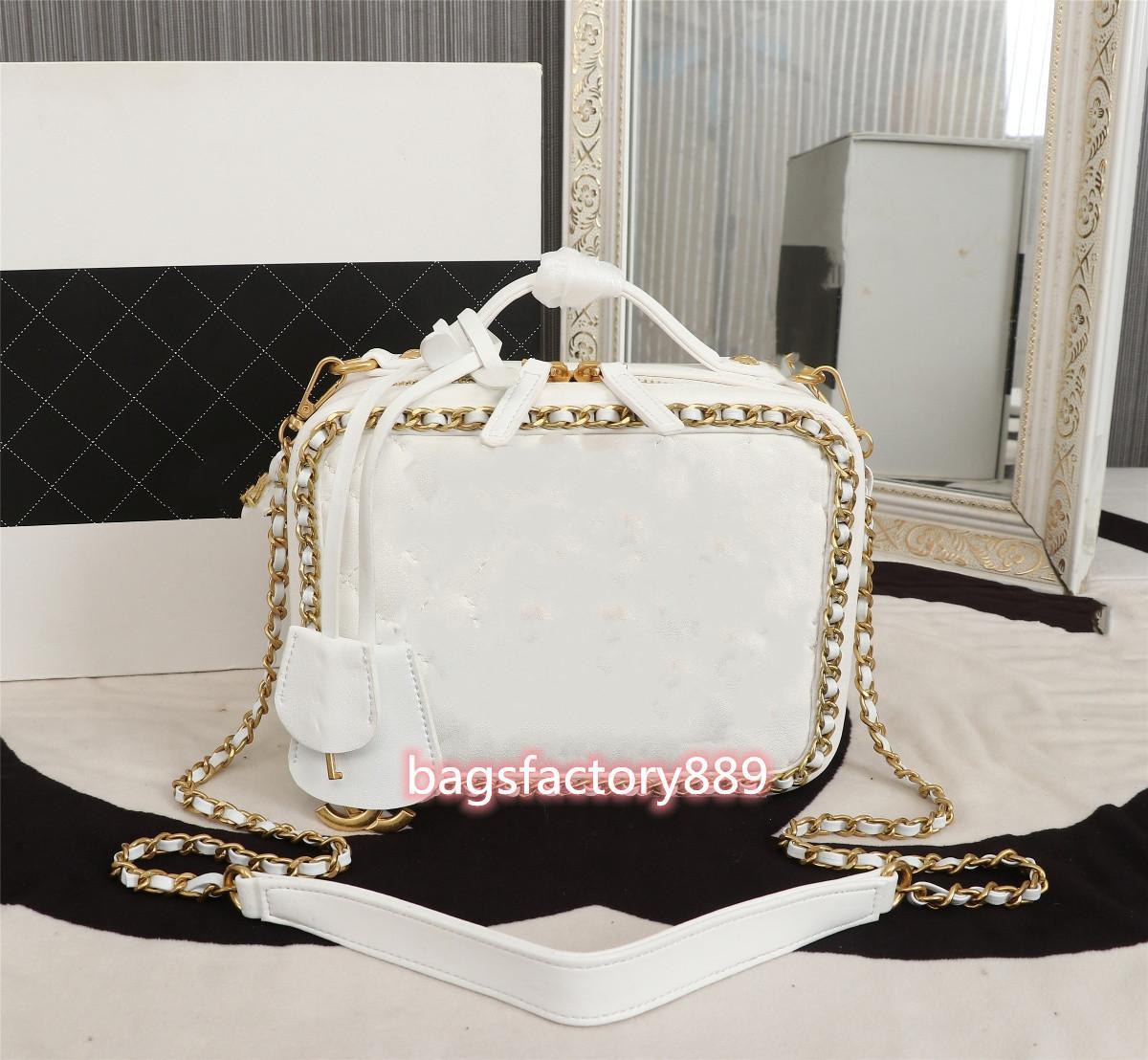 Bolsas de primavera y verano SS Mall Vanity Case Casmetic Box Packing Beauty Burst agregó la cadena de anillos es más noble que el mantenimiento de la moda Tas Niza