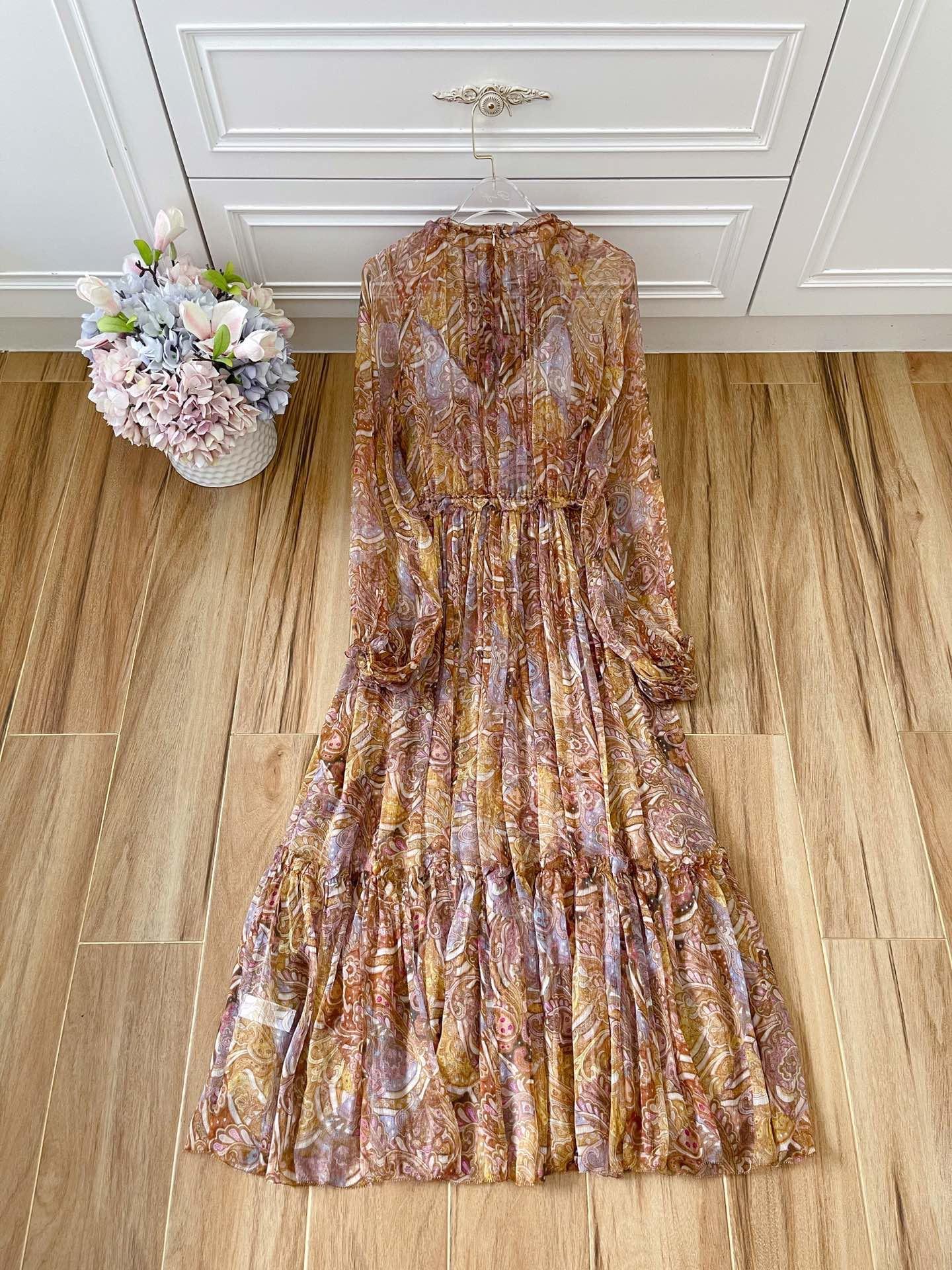 Nuevo vestido de seda de vendaje de patrón de paisley de empalme en otoño e invierno 2021