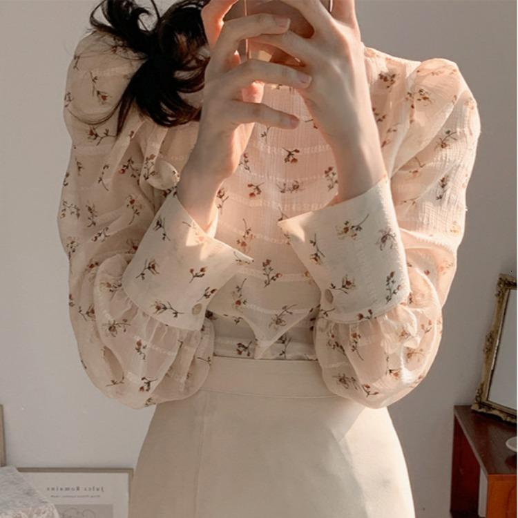 Primavera 2021 coreano francés fresco y dulce floral translúcido cuello redondo burbuja camisa de manga