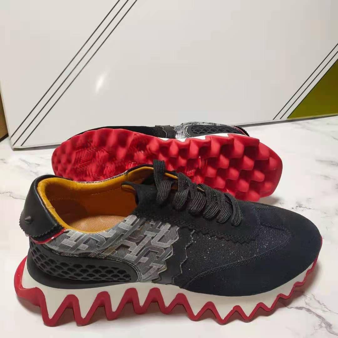 2021 Luxurys 디자이너 신발 빨간색 하단 플레이트 - 형성 낮은 컷 스파이크 아파트 남성 여성용 가죽 스니커즈 캐주얼 구두