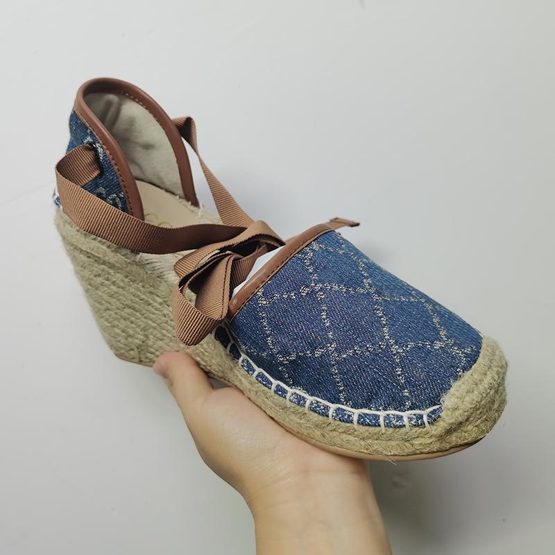 Femmes Platform Espadrilles Chaussures Open-Toe Open-Toe Bleu Toile Heel Talons Designer Sandales compensées Matelassé Poids léger Calfskin Chaussure Twine Tweave Lake-up avec boîte